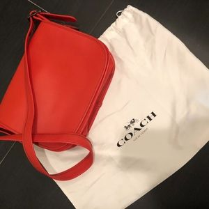 CLASSY BRAND NEW WITHOUT TAGS Coach bag